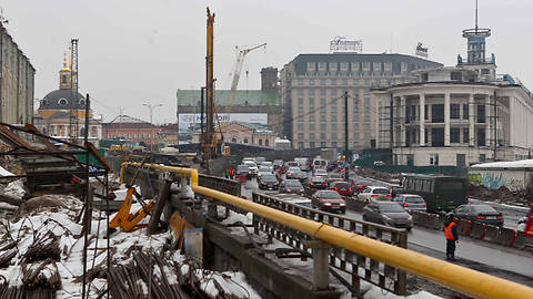 Расходы на реконструкцию Почтовой площади «урезали» на 16 млн. грн.